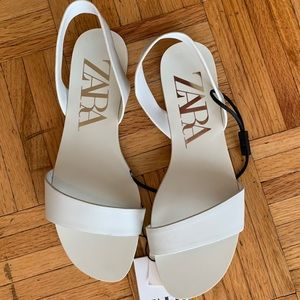 ZARA flat leather sandals - off white